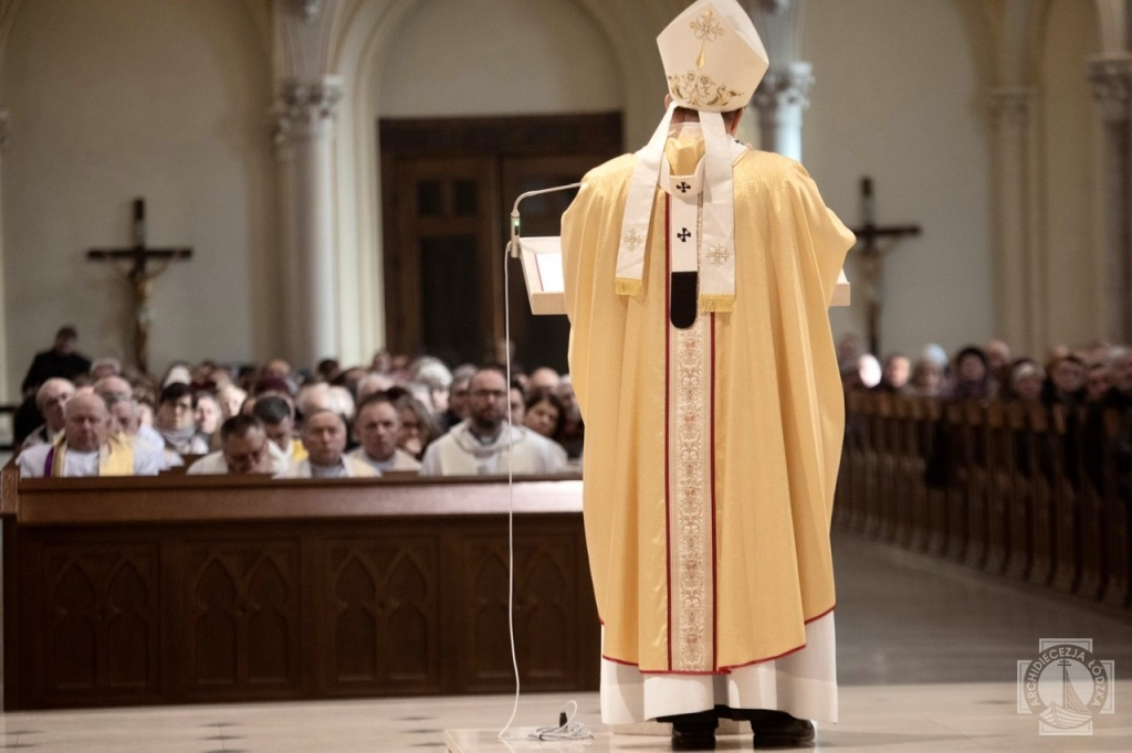 Rozpoczął się kolejny rok IV Synodu Archidiecezji Łódzkiej [WIDEO] - Zdjęcie główne